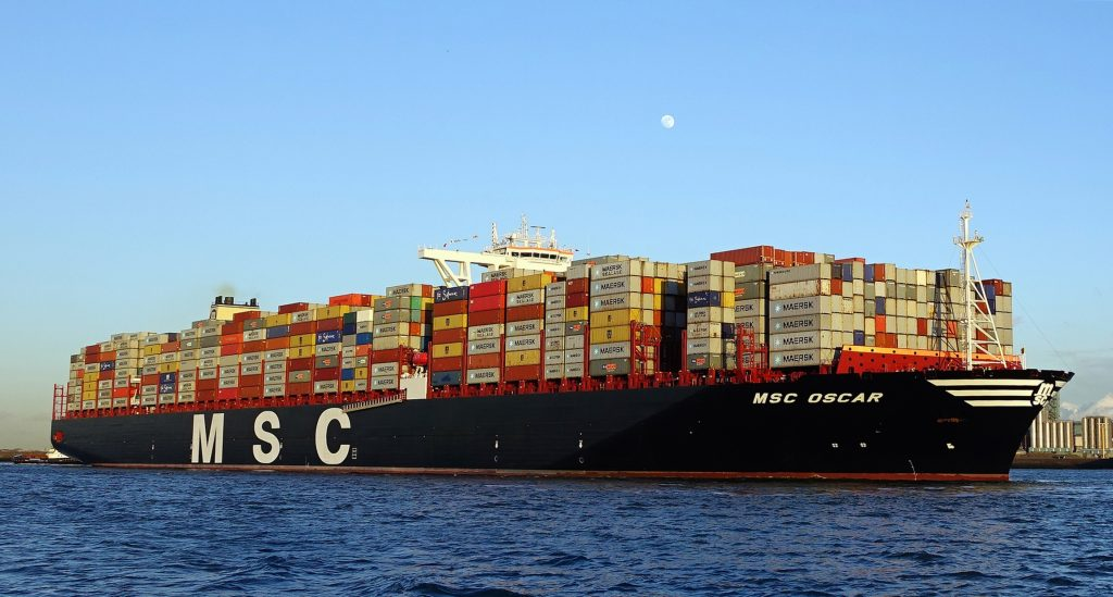 msc_oscar_ship_2014_0ljba8_container1